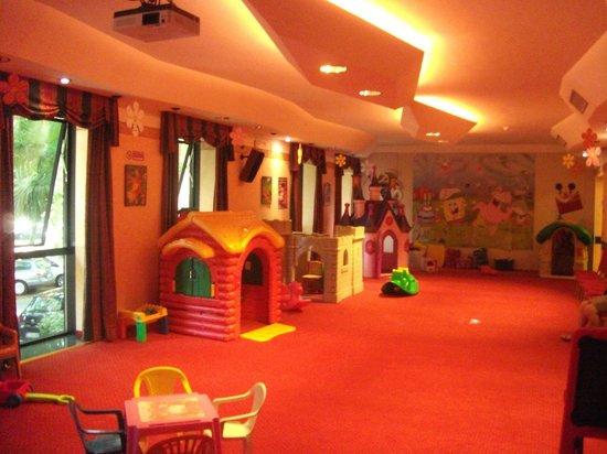 Club Family Hotel Executive: SALA GIOCHI HOTEL