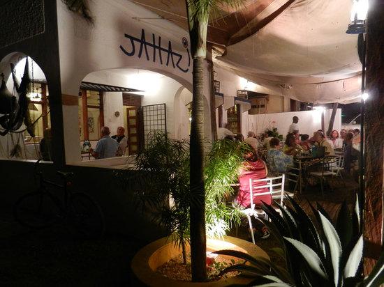 Jahazi Bar & Restaurant: Dinner veranda