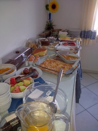 Ilion Hotel: breakfast