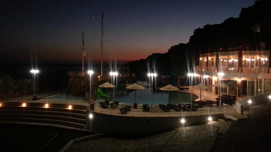 Kalypso Cretan Village : Hotel di notte