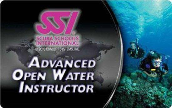 Mactan Scuba Dive Center: The level of our Instructor