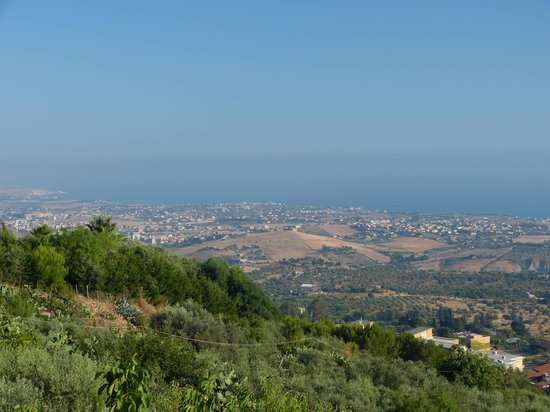 Il Giardino della Rupe B&B : View on sea and Valle dei Templi