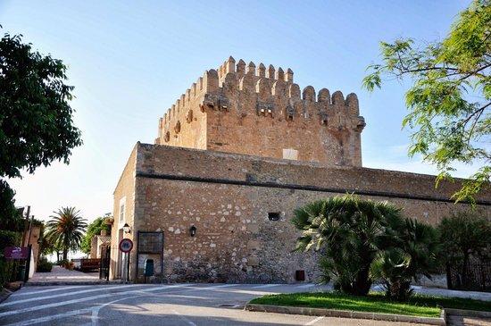 Restaurante Porxada de Sa Torre: Башня Porxada de Sa Torre