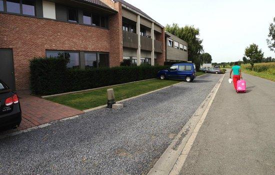 Hotel Callecanes: parking