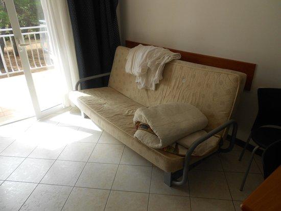Ai Pini Resort Medulin: Divano letto