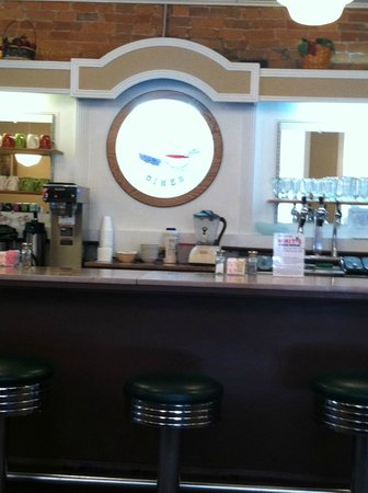 Hanover House Diner: The diner counter