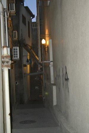 City Walls: узкие старинные улочки