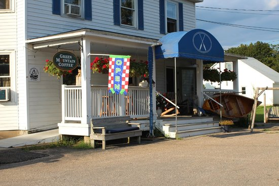 Blue Paddle Bistro: In the heart of South Hero, VT