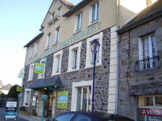 Hôtel Le Bretagne : Hotel