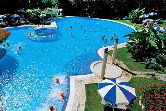 Piscina vicino al bar foto di hotel mioni pezzato abano terme tripadvisor - Hotel mioni pezzato ingresso piscina ...