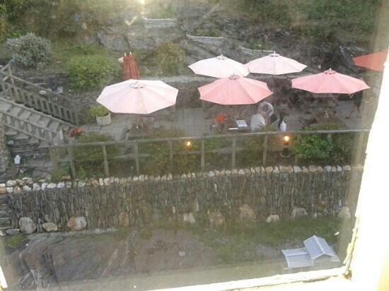 The Riverside: vista sul fiume dalla stanza con ristorante