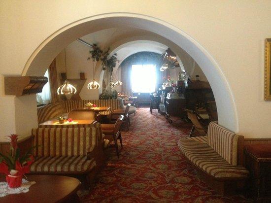 Alpen Hotel Corona Sport & Wellness: Hotel, zona Bar