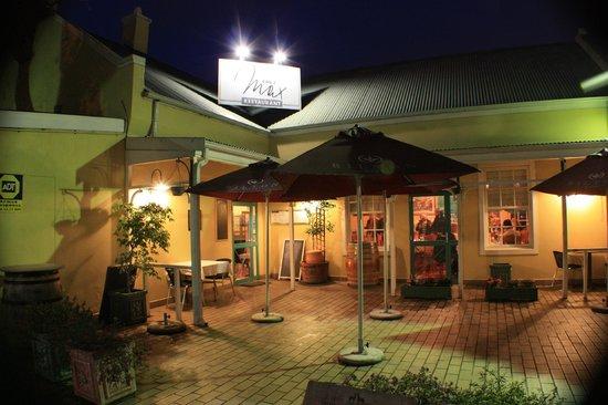 Chez Max Restaurant: Beautiful Venue