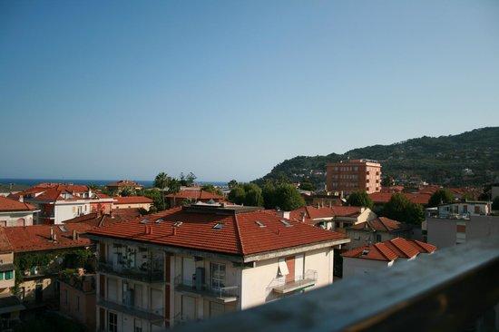 Hotel Torino Wellness & Spa: Utsikt från taket där jacuzzi och frukostmatsalen finns