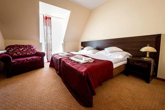 Hotel Iwanowscy - Zajazd u Beaty i Violetty