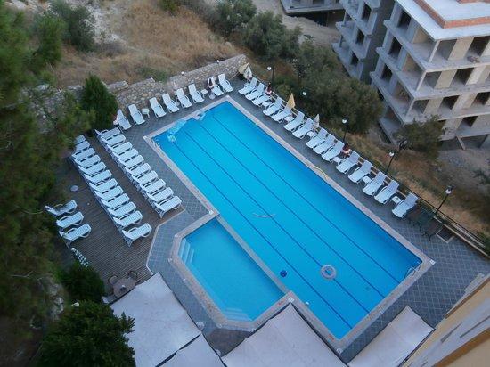 Ida Apart Hotel: en bra pool!