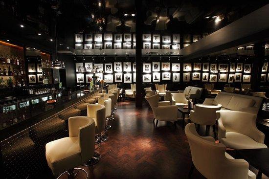 The Vincent Hotel: Vincents bar