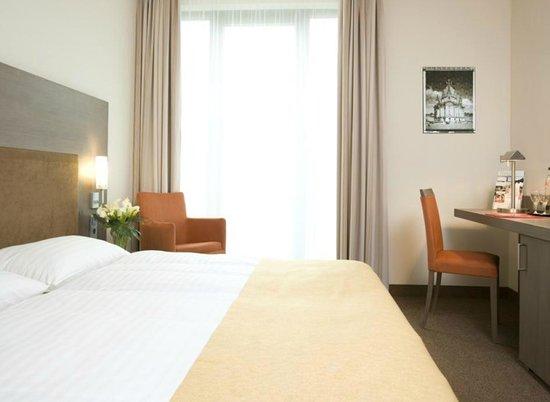 IntercityHotel Dresden: Standard Doppelzimmer