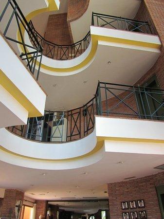Hotel Mio Cid: étages