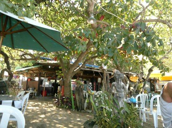 Titie's Warung: tavoli