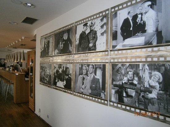 Hotel Biograf: Interesting dining room mural