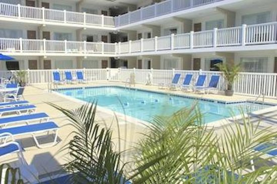 Oceanus Motel: Our beautiful in ground pool