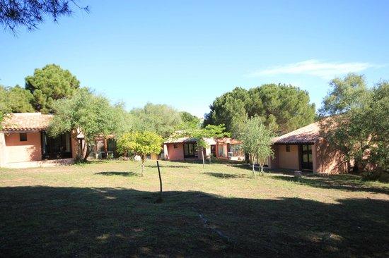 Camping Village l'Ostriconi : ensemble bungalows