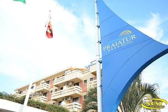 Praiatur Hotel Florianopolis: Entrada do Hotel Praiatur