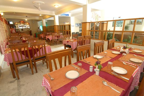 Hotel Third Pole: Dinning