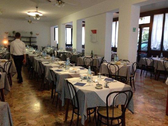 Hotel Carinthia : Parte della sala
