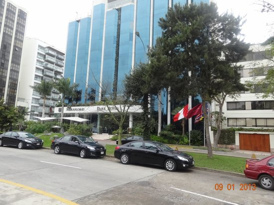 Belmond Miraflores Park: Hotel Exterior