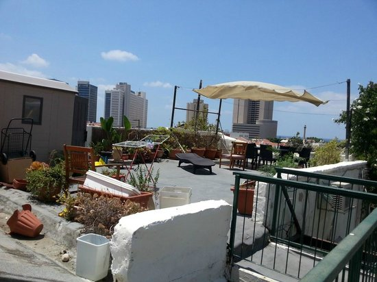 "Villa Vilina Oasis in Neve Tzedek: the terrace and real ""view"""