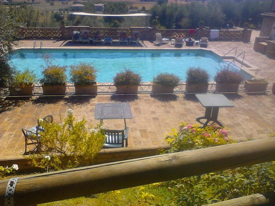 Country House Hotel Tre Esse: Piscina con vista