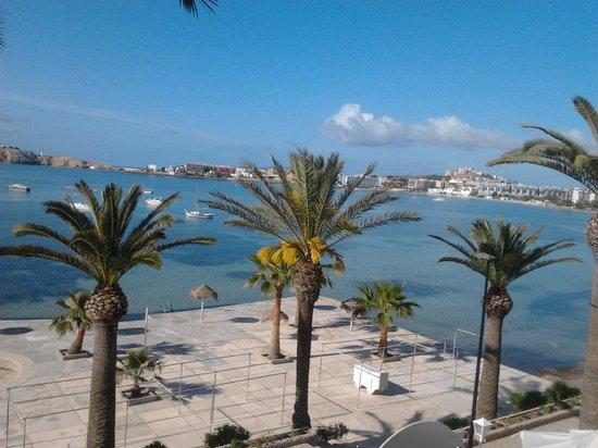 Hotel Ses Figueres: Desde la ventana de la habitación