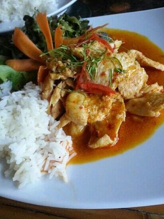 The Chef Restaurant & Bar: Chicken Penang Curry with steamed rice