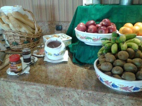 Hotel Bull Dorado Beach & Spa : buffet
