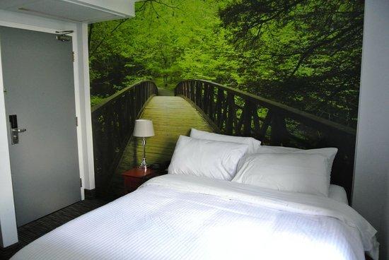Isabella Hotel and Suites : freundliche Einrichtung, gute neue Betten