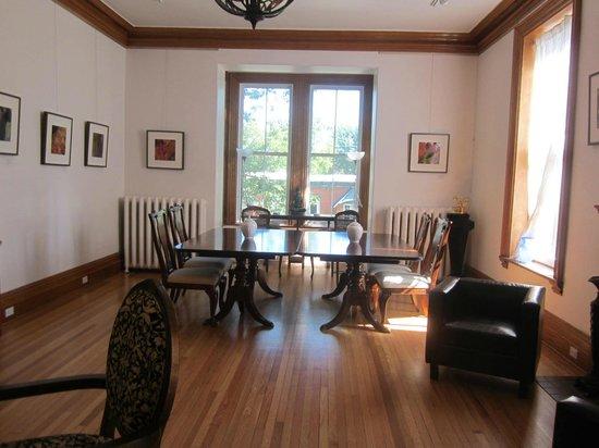 Ile de Garde: Livingroom