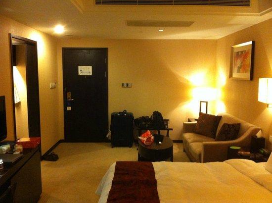 Lee Gardens Hotel Shanghai : 綺麗な部屋です。