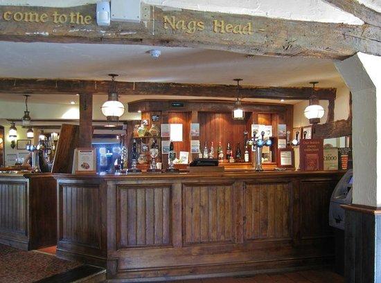 Nags Head: Friendly Bar.