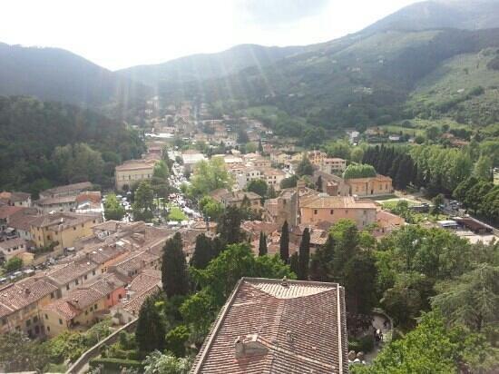 Vicopisano, Italie : il panorama dalla rocca