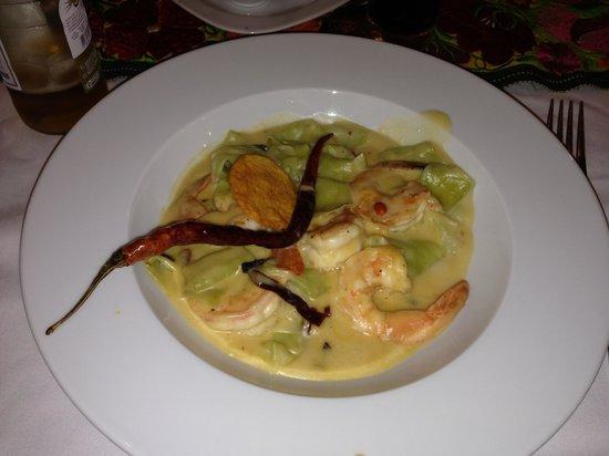Tierra y Cielo Restaurante: Pasta con camarones