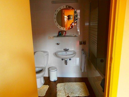 Hotel Cavalier: bagno camera numero 2