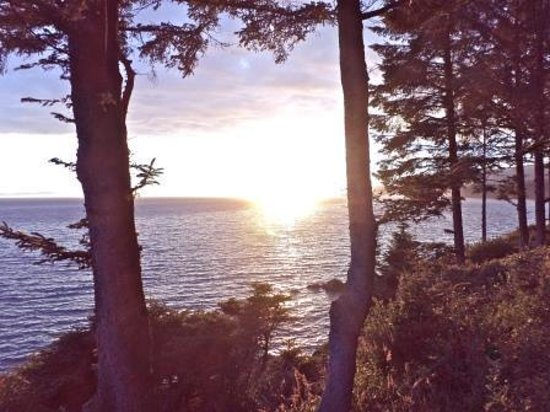 Point-No-Point Resort : View from Orca