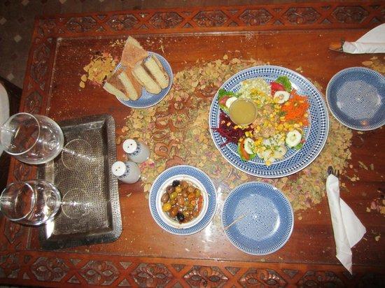 Riad & Spa Mabrouk : Fresh salad!
