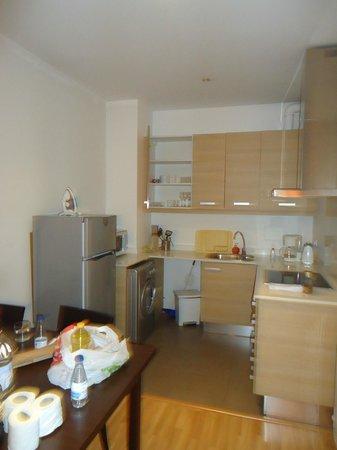 MH Apartments Liceo: cocina