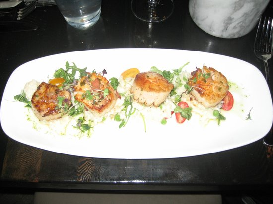 ChopHouse Grille: Huge Scallops
