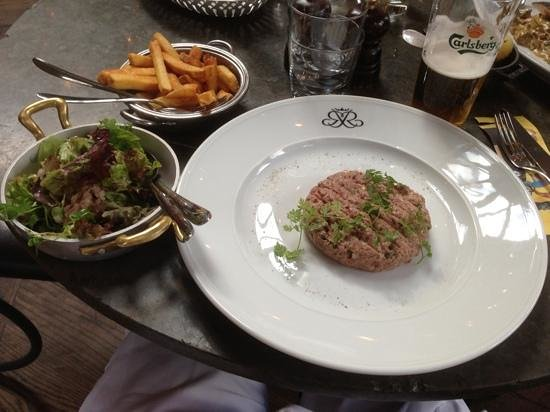 Riche: steak tartar
