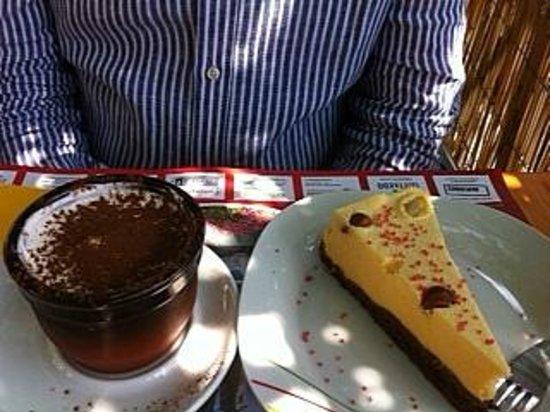 Osteria Lugano: Vegamisú and cake con mousse di melone