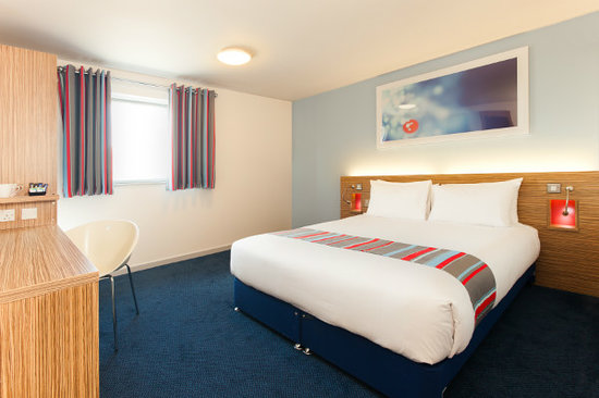 Travelodge London Excel Hotel : Double room